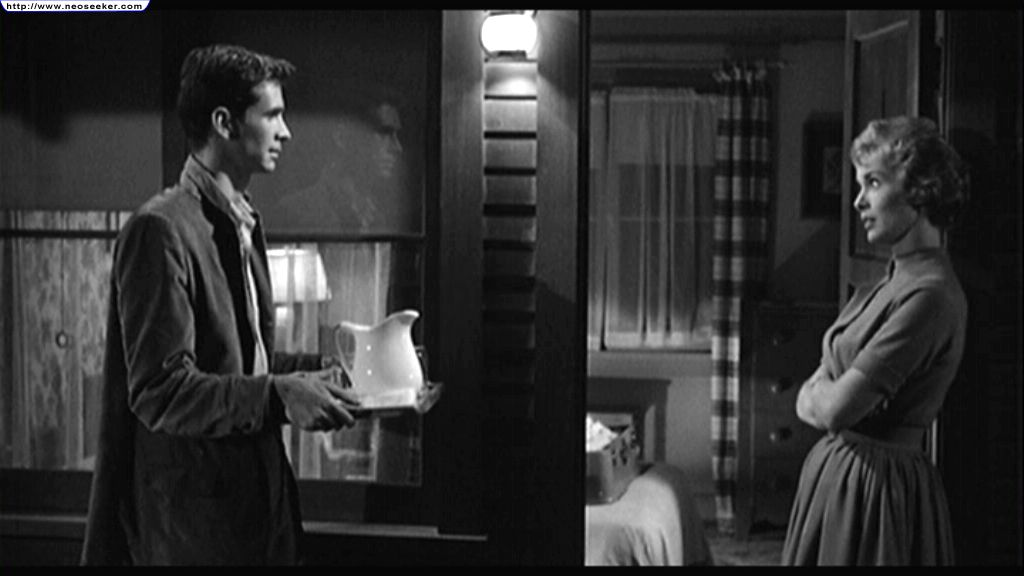 an analysis of the psycopath norman bates in the movie psycho Psycho summary and analysis of the cleanup - suspicious of norman   norman bates rushes out of his house in a panic and barges into cabin 1   once it's gone, there is a whisper of a smile on his face the film fades out.